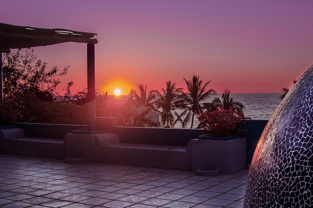 Rooftop sunset view at Casa Aqua Bella, Retreat Center San Pancho